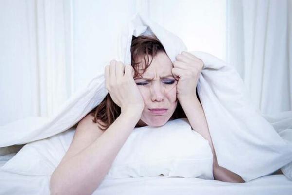 Lâu không quan hệ có thể gây ảnh hưởng đến giấc ngủ của bạn