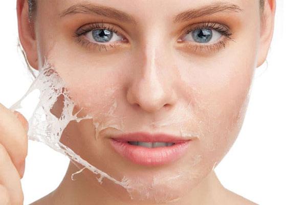 Tinh trùng, tinh dịch có chứa chất có tên androgen, protein và nhiều loại vi khoáng chất có tác dụng rất tốt trong việc bảo vệ và dưỡng da.